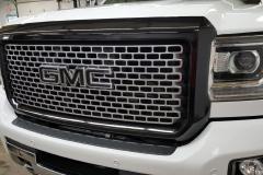 GMC Sierra Chrome Delete Grill gloss black