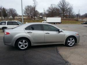 Acura has Midwest Tinting install Elite Tint