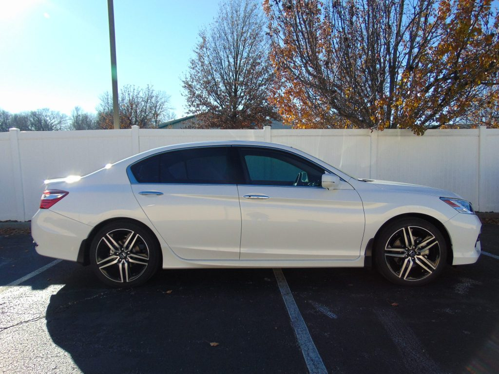2016 honda accord gets select 20 and 38 tint midwest for 20 40 window