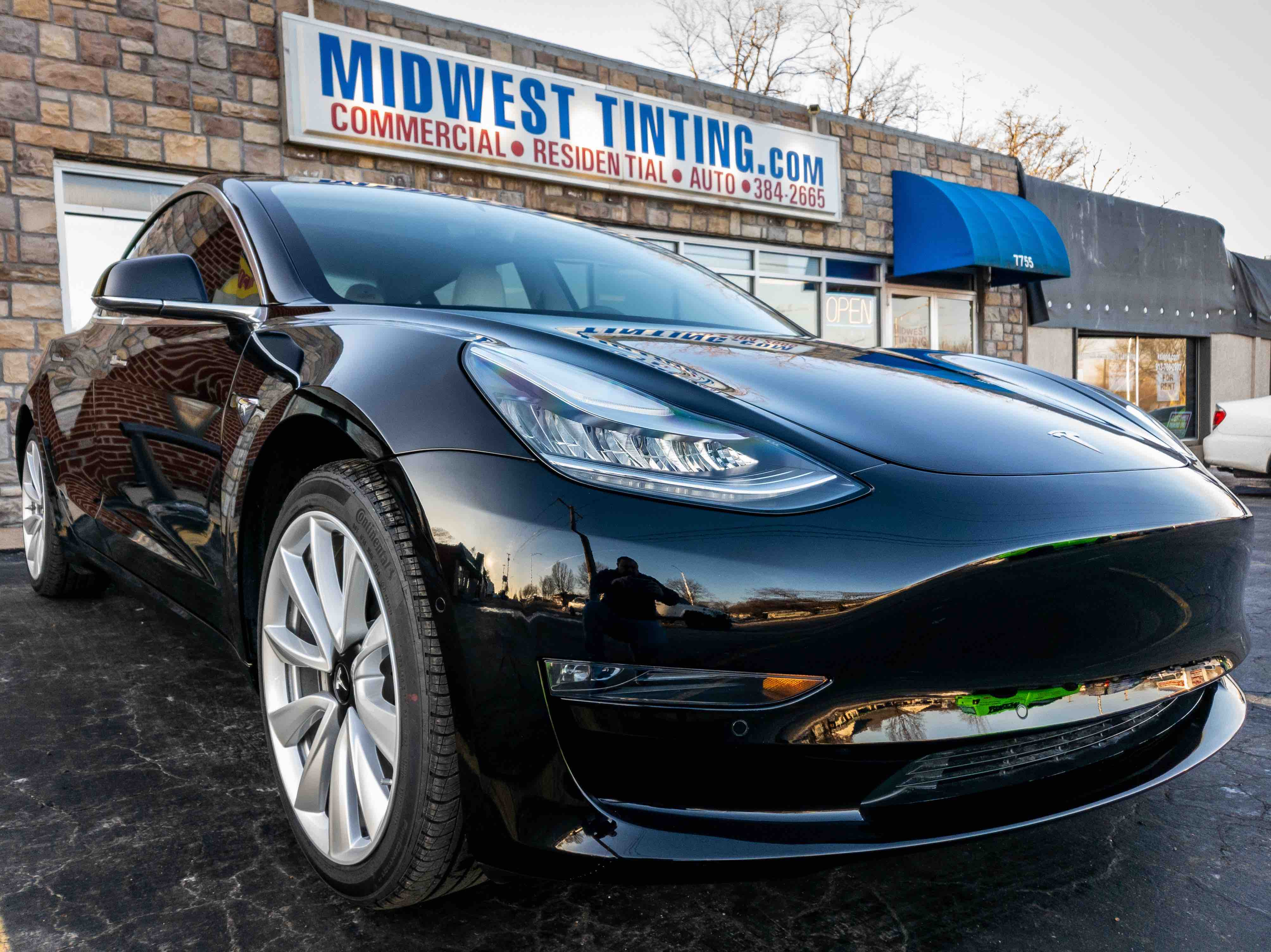 Cquartz Professional Ceramic Paint Coatings In Kansas City Window Tinting Paint Protection Film And Ceramic Paint Coating Specialists In Kansas City Midwest Tinting